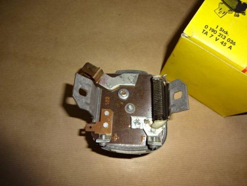 Bosch Original Relä 6 volt, VW 1200, 1200 A, 08.65- 07.69 VW 1300, 1300 A, 08.65- 07.67 Art.nr. Bosch 0190213036