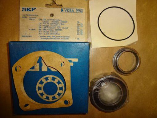 SKF Hjullager Bak, Opel Ascona A 16N, Manta A 16N, ( ej caravan ) 1970-> upp till ch.nr. -2453080 / -9483907  Ascona A 16S, 19, Manta A 16S, 19, ( ej caravan ) 1971- 75 Ascona B 1.3S, 1.6N Automat, 1.6S, 1.9, 2.0, 1976- 81 Manta B, 1.3s, 1.6N Automat, 1.6S, 1.9, 2.0, 1976- 88 Opel Kadett B 1900, 1970- 73 ( från ch.nr. 2298263-> upp )  Kadett C, 1.6, 1.9, 2.0, 1976- 79 Art.nr. VKBA 990 Opel 1604210