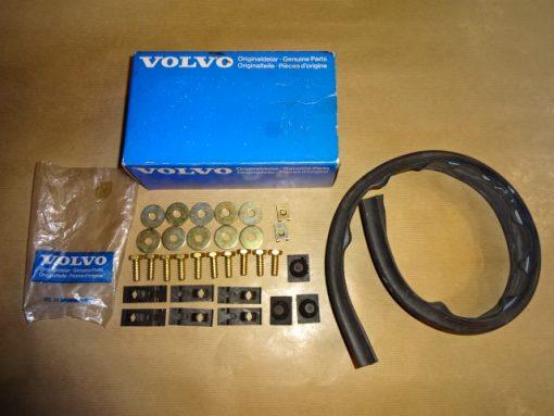 Monteringssats Framskärm med gummilist, Original, Volvo Amazon P120, P130, P220 Art.nr. Volvo 276465